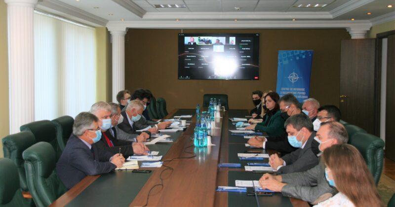 """A fost lansat studiul privind rezultatele sondajului """"Percepția societății asupra sectorului de securitate și apărare al Republicii Moldova"""""""