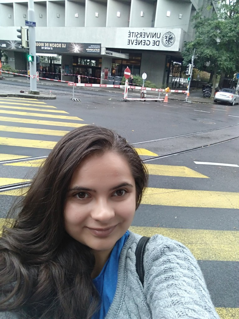 Elena devant Unige