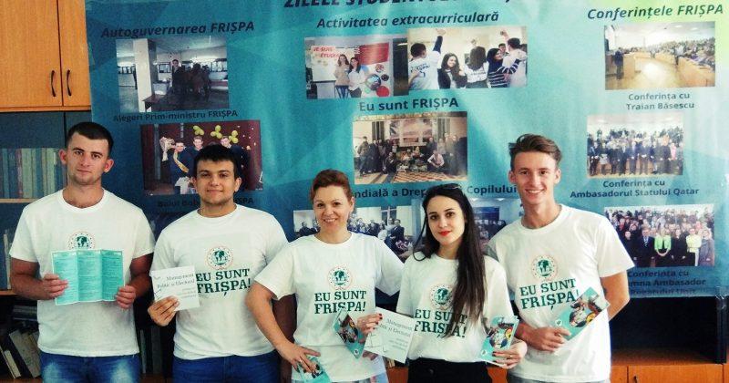 Peste 450 de tineri dornici să studieze științe politice și administrative la FRIȘPA, USM, în noul an de studii