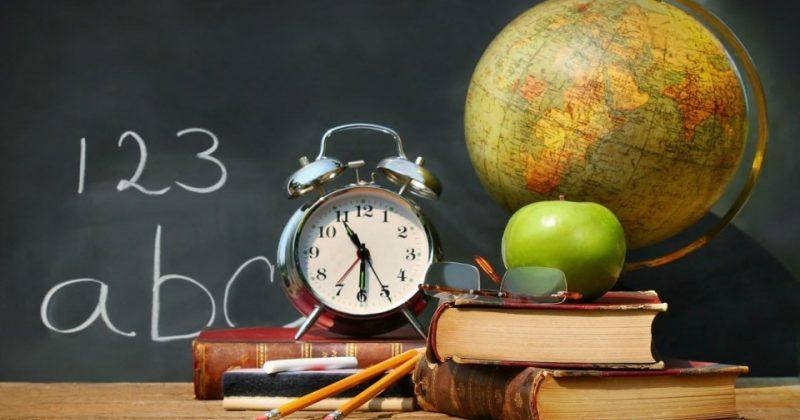 De Ziua Mondială a Educației și Ziua Profesorului